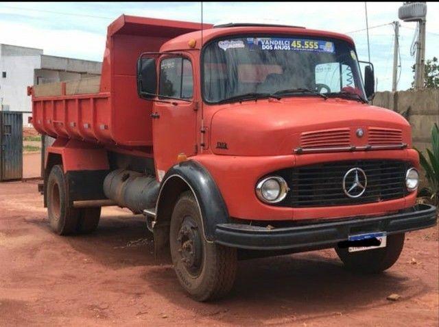 Caminhão caçamba 1113 pronto para negócio