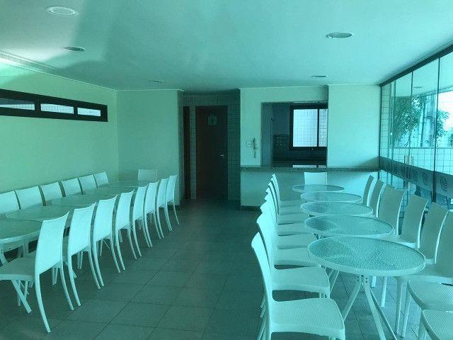 Apartamento com 107m², Sendo 3 Quartos, 1 Suíte, 2 Vagas No primeiro Jardim de Boa Viagem - Foto 15