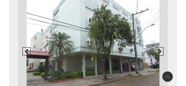 Apartamento 2 dormitórios com dependência empregada