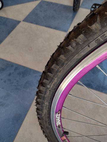 Lindo triciclo novo com cestinha e sela de gel - Foto 5