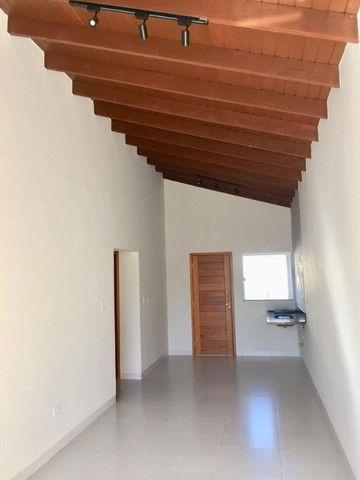 Linda Casa Jardim Montevidéu com 3 Quartos**Venda** - Foto 2