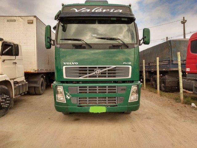 Volvo - Foto 2