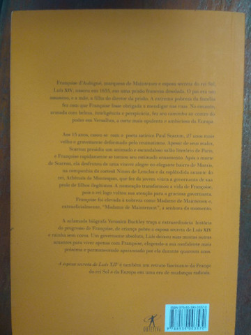 Livro sobre a esposa secreta  - Foto 2