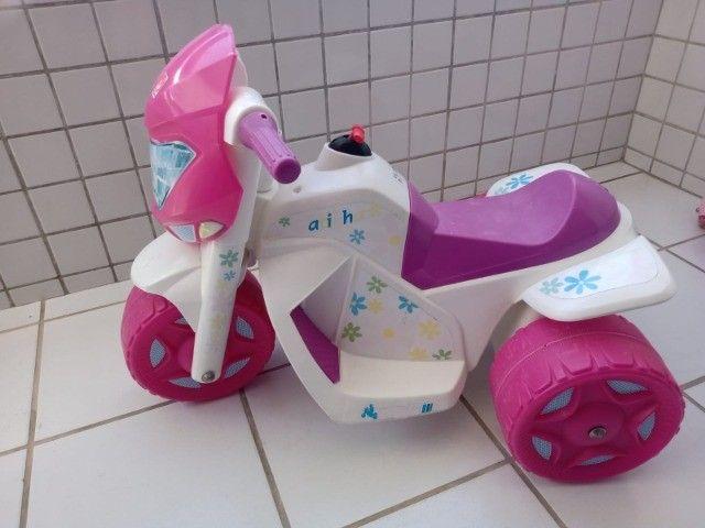 Moto Elétrica Infantil Ban Moto Gatinha 6v - Bandeirante - Foto 2