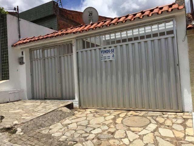 Excelente Casa no bairro da Primavera em Guarabira - 3 quartos, sendo 01 suíte, 02 vagas