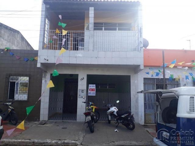 Casa de andar no bairro siqueira campos, prox. a rua florianópolis