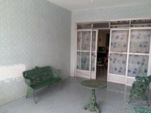 Casa no centro; prox lotérica da rua arauá - Foto 6