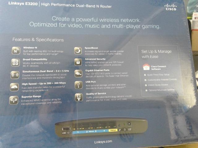 Roteador cisco Linksys E 3200 dual band n router