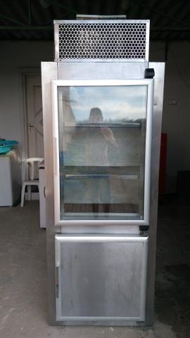 Freezer e expositor industrial vertical