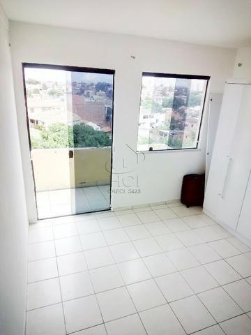 Apartamento Amplo, Financiável, 2/4 (1 Suíte), Condomínio, Garagem; Itapuã-HP022 - Foto 4