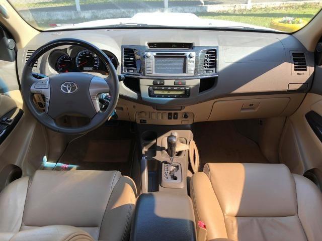 Toyota Hilux Sw4 Srv 3.0 4x4 Automática 7 Lugares - Foto 7