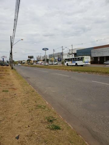 Alugo Galpão com área total de 1.200,00 m2, St. Vila Rosa na Av. Rio Verde