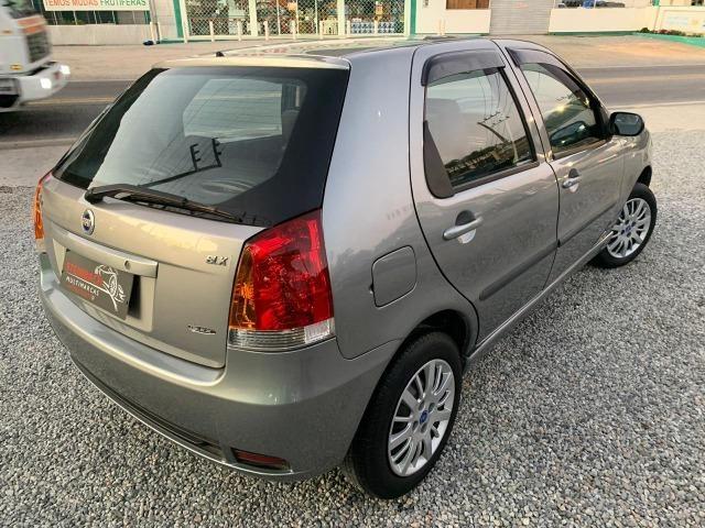 Fiat Palio ELX 1.3 Ar Condicionado e Direção Hidráulica 2004/2005 - Foto 4