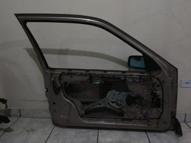 Porta dianteira esquerda BMW série 3 92 a 98 - Foto 2