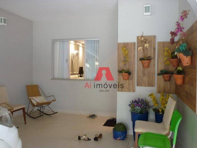 Belíssima casa em fino acabamento, com 03 dormitórios em condomínio fechado. - Foto 4
