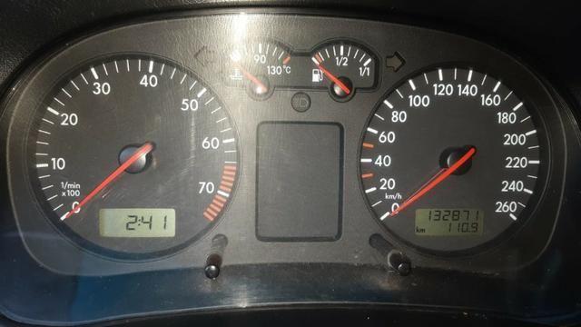 VW golf 1.6 Completo com rodas aro 17 ano 2001 - Foto 9