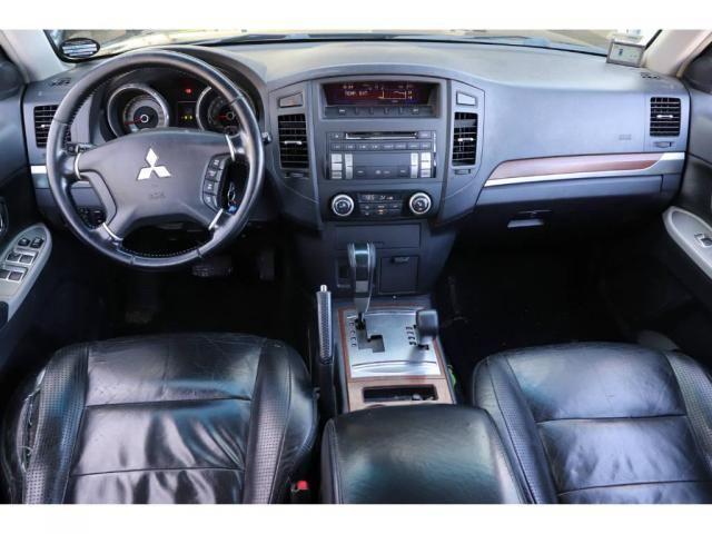 Mitsubishi Pajero GLS Full 3.8 V6 250cv 5p Aut. - Foto 7