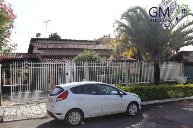 Casa a venda / condomínio residencial vivendas alvorada ii / 3 quartos / suíte / churrasqu