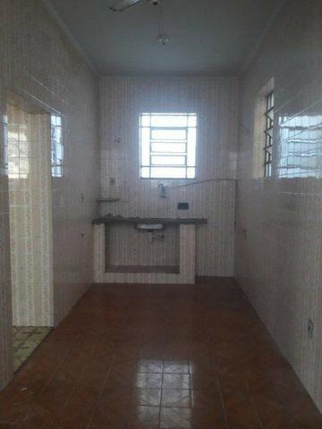 Casa 100% Independente na Vila da Penha, 02 Quartos, Quintal, Garagem etc. - Foto 15
