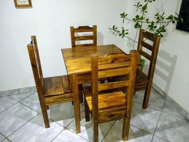 Mesa com 4 cadeiras conjunto Cintia plus direto da fábrica