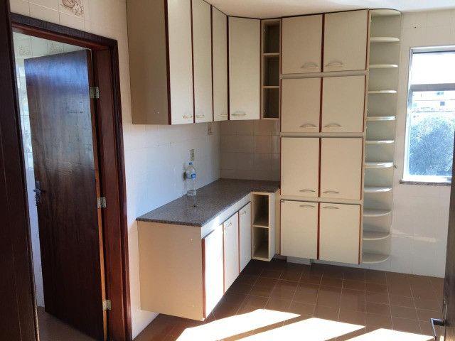 Vendo - Apartamento com dois dormitórios no Centro de São Lourenço-MG - Foto 8