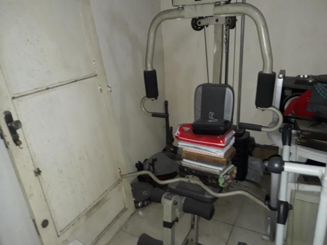 Estação de musculação Oxer 4300s semi nova
