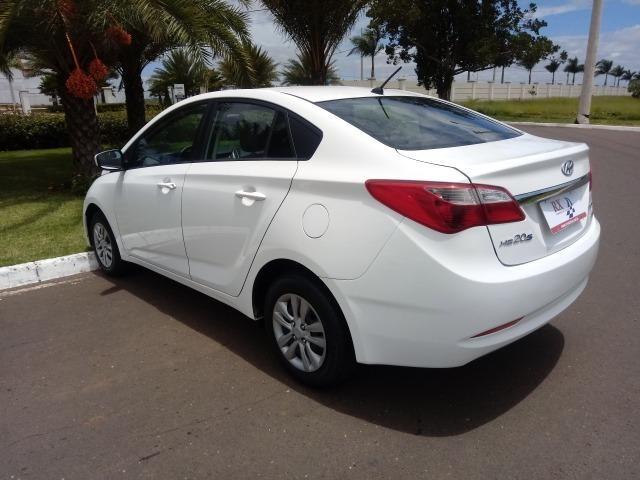 Hyundai HB20S Comfort Plus 1.6 flex Aut. Branco 2015 - Foto 6