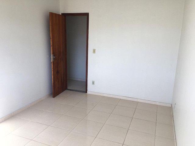 Vendo - Apartamento com dois dormitórios no Centro de São Lourenço-MG - Foto 2