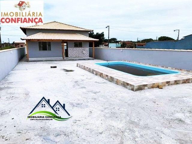 01- Linda Casa em Condomínio, 2 Quartos com piscina / Região dos Lagos - Foto 5