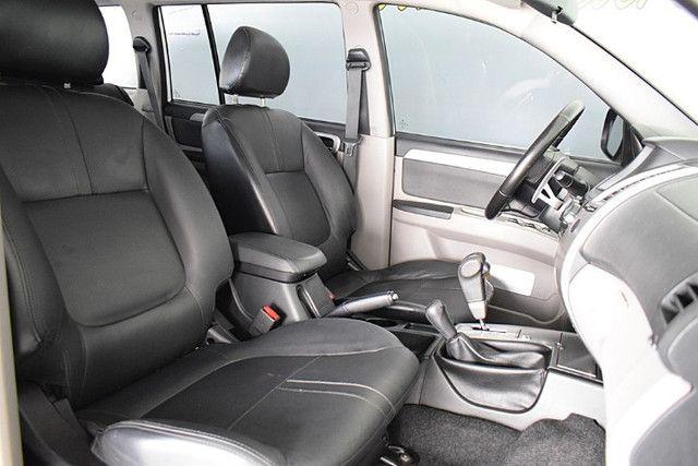 Mitsubishi Pajero 3.2 Hpe 4x4 7 Lugares Diesel Automático 2016 - Foto 7