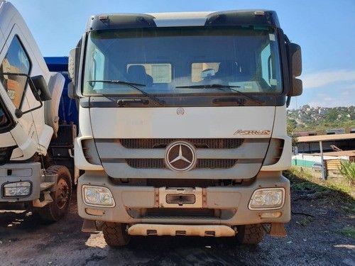 Mercedes-benz Actros 4844 8x4 Ano 2014 Caçamba - Foto 5