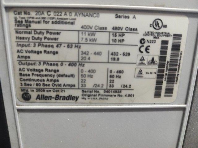 Inversor de frequência Power flex 70 semi novo 15 CV 380 volts  - Foto 2