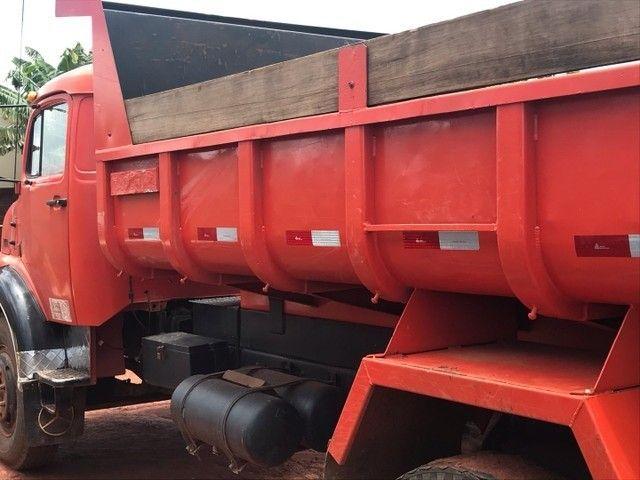 Caminhão caçamba 1113 pronto para negócio  - Foto 5