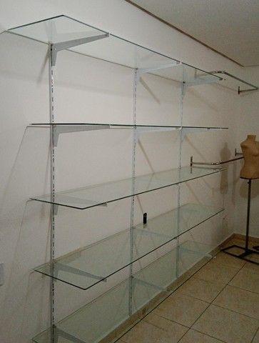 Prateleiras de vidro 40 larg x 2comp./ Araras para loja / Manequins  - Foto 2
