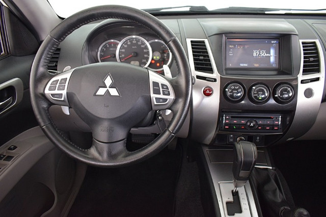 Mitsubishi Pajero 3.2 Hpe 4x4 7 Lugares Diesel Automático 2016 - Foto 4