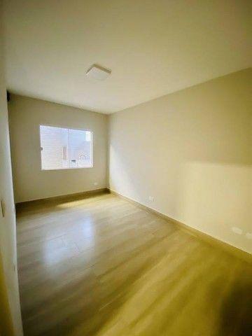 Casa nova com excelente padrão de acabamento. - Foto 2
