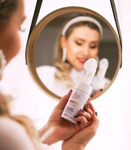Espuma de Limpeza Facial Iluminadora - 100ml + Brinde -Francchielise