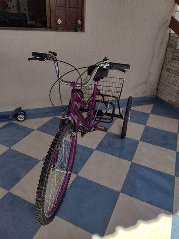 Lindo triciclo novo com cestinha e sela de gel - Foto 4