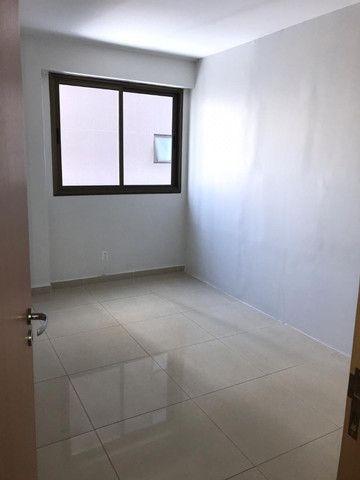 Apartamento com 107m², Sendo 3 Quartos, 1 Suíte, 2 Vagas No primeiro Jardim de Boa Viagem - Foto 3