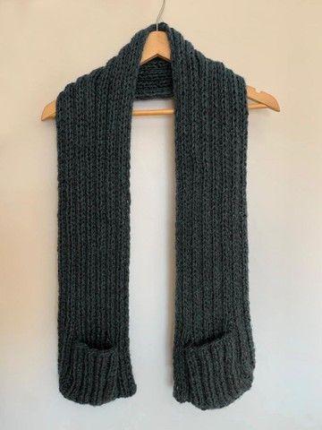 Manta em tricô ou crochê com bolsos  - Foto 4