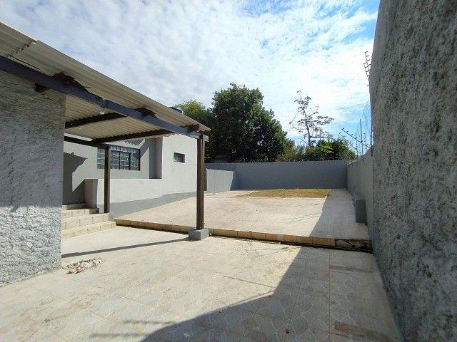 Linda Casa Amambai Próxima do Centro com 4 Quartos**Venda** - Foto 10
