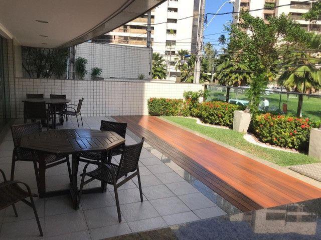 Apartamento com 107m², Sendo 3 Quartos, 1 Suíte, 2 Vagas No primeiro Jardim de Boa Viagem - Foto 20