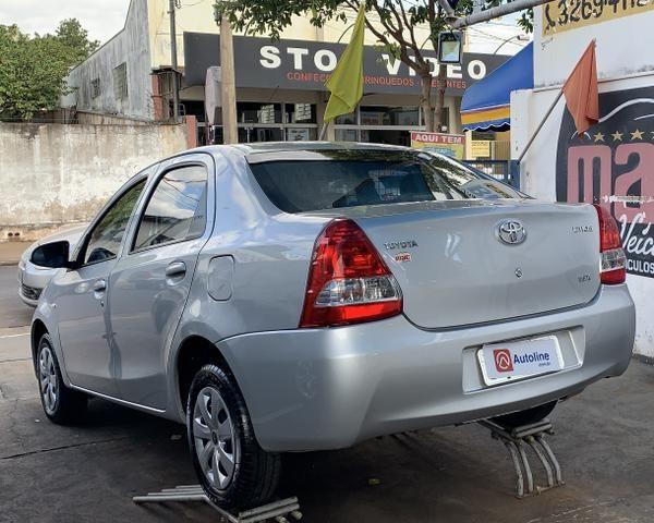 Etios 1.5 X sedan 2016 - Foto 2