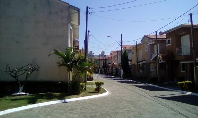Vendo Sobrado condomínio Fechado Direto com o Proprietário - Foto 6