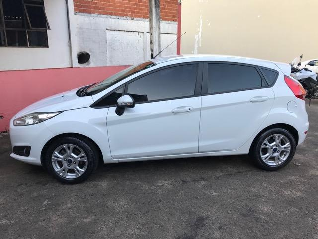 Ford New Fiesta 2014 Branco 1.5 SE - Foto 4