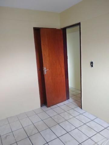 Ótimo apartamento com 02 quartos para aluguel no bairro Joaquim Távora - Foto 10