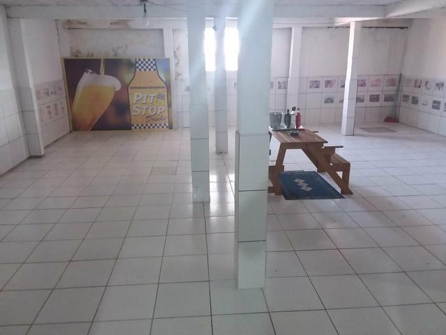 Depósito com escritório, cozinha, garagem e banheiro - Foto 2
