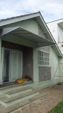 Ótima casa 3 dormitórios com vaga no Cristal próximo Avenida Icaraí