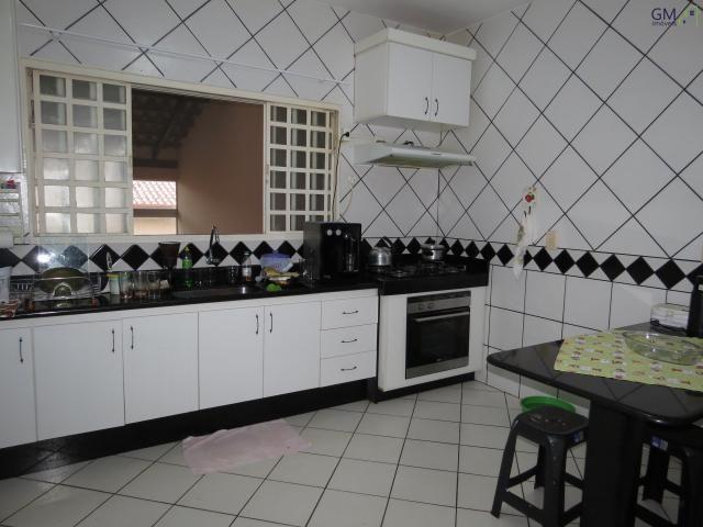 Casa a venda / Condomínio Vivendas Campestre / 03 Quartos / Churrasqueira / Casa de apoio  - Foto 8
