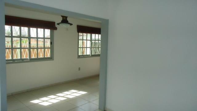 Ótima casa 3 dormitórios com vaga no Cristal próximo Avenida Icaraí - Foto 4
